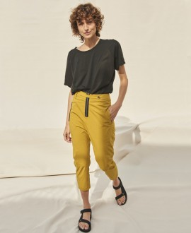 3/4 length trousers mustard
